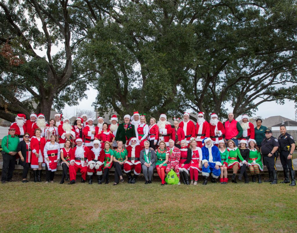 Happy Santas 2019 group photo
